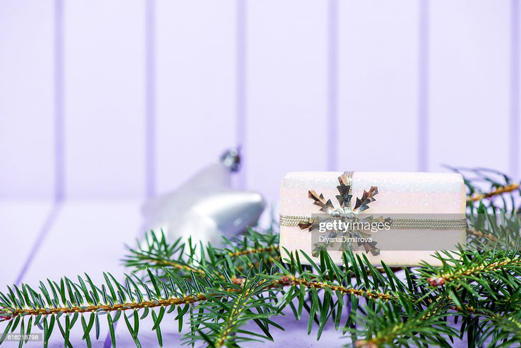 Christmas decoration on a purple striped background - selective : Stockfoto