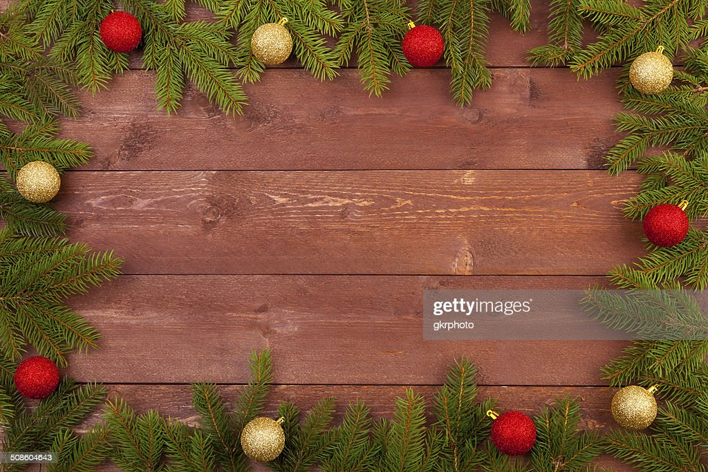 Decoración de Navidad en el fondo de madera blanco : Foto de stock