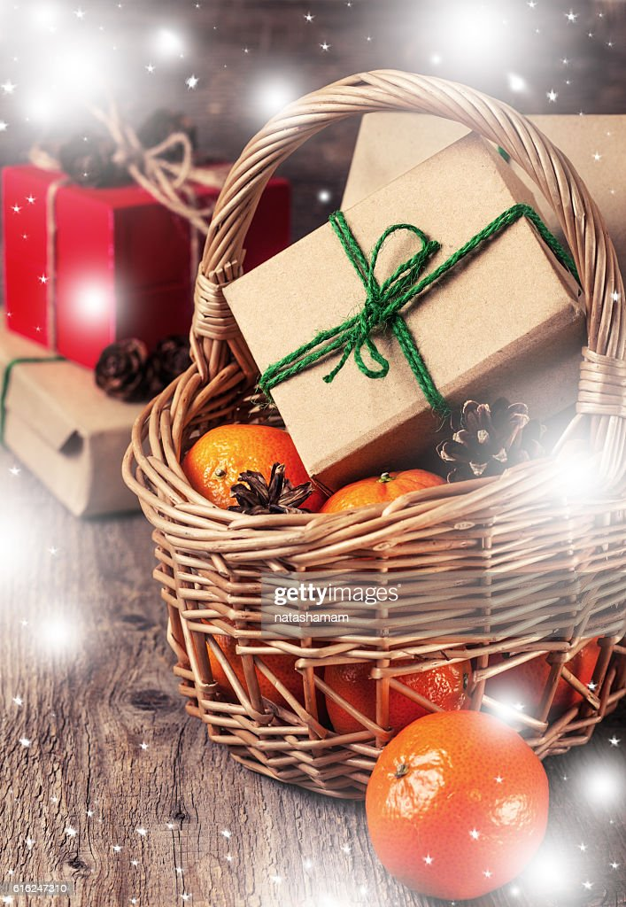 Christmas decoration with gifts (with bokeh) : Stock Photo