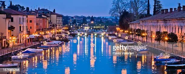 Decorazioni di Natale per Peschiera, Lago di Garda