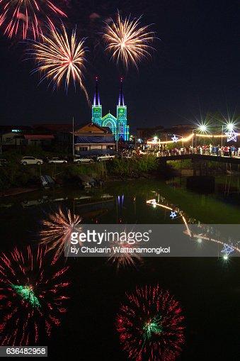 Christmas Firework over the Chanthaburi Cathedral. : ストックフォト