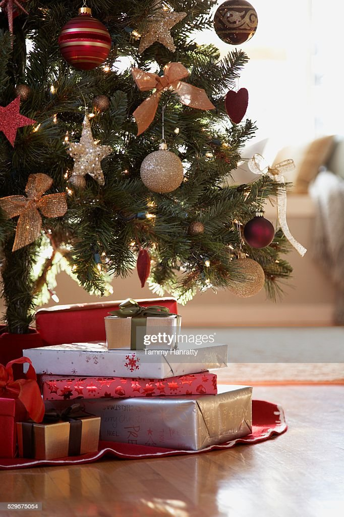 Christmas Gifts Under the Christmas Tree : ストックフォト