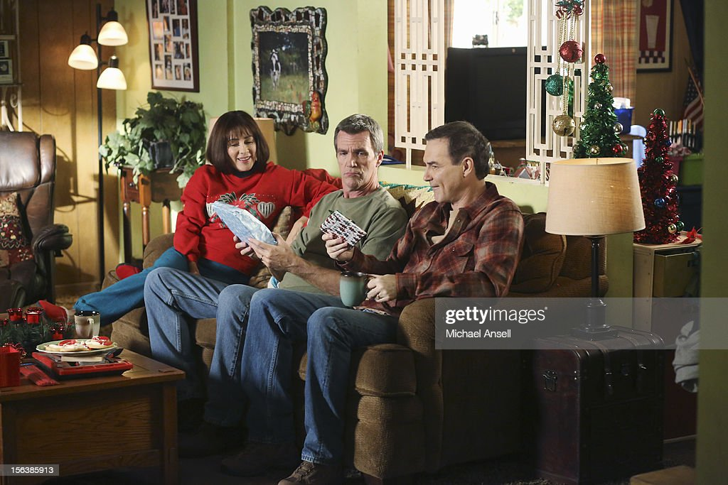 THE MIDDLE- 'Christmas Help' - Christmas doesn't seem so merry to Mike when he helps brother Rusty (Norm Macdonald) move some furniture into the Heck house garage and discovers that Rusty doesn't actually own the items. Meanwhile, Frankie hatches a plan to take a part time holiday job in a department store in order to get an employee discount to buy presents; Axl turns the garage with the stolen furniture into his own bachelor pad; and Reverend TimTom makes a bold choice by casting Brick in a holiday play and tasks an overly zealous Sue with baking cookies for the event, on 'The Middle,' WEDNESDAY, DECEMBER 5 (8:00-8:30 p.m., ET) on the ABC Television Network. MACDONALD
