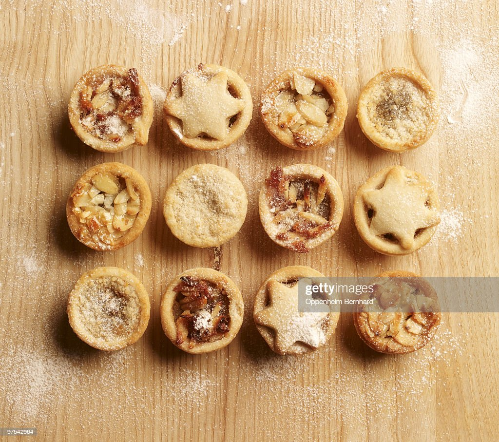 christmas mince pies in a grid formation