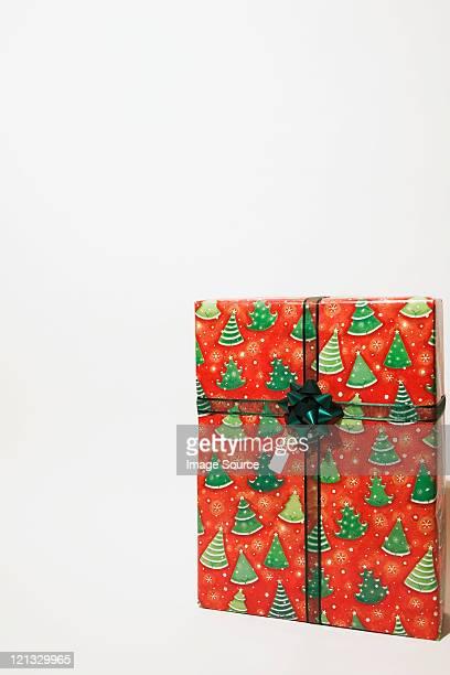 Presentes de Natal em fundo branco