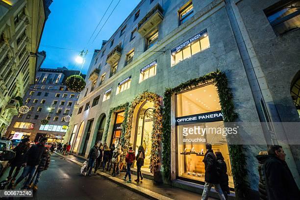 Christmas shopping in Milan, Via Monte Napoleone