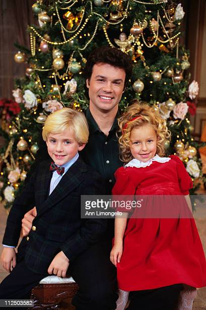 LIVE Christmas show 12/20/94Tyler Noyes John Loprieno and Hayden Panettiere OLTL94
