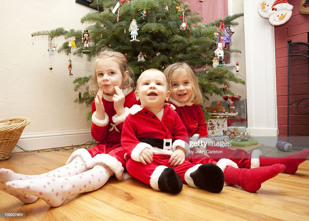 Christmas siblings : Foto de stock