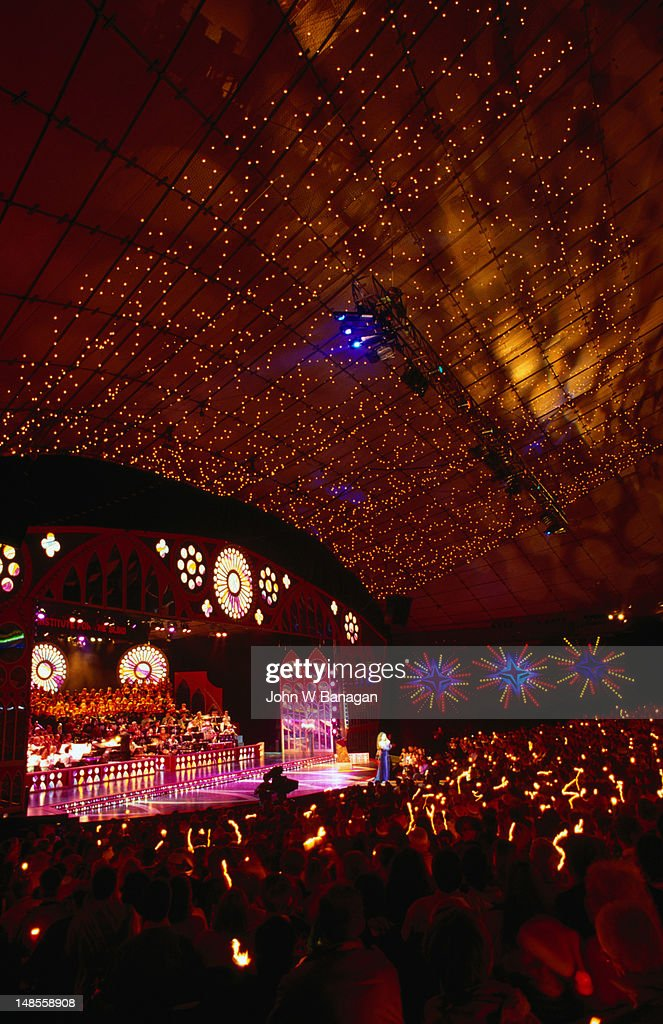Christmas time in Melbourne, Carols by Candlelight in the Myer Music Bowl
