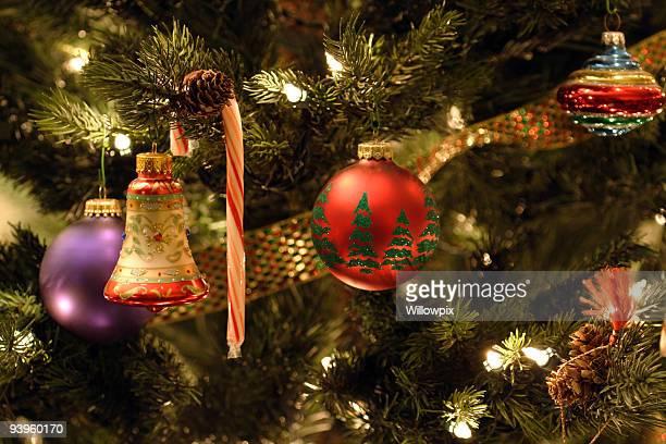 Weihnachtsbaum Candy Cane und Ornamenten Lights