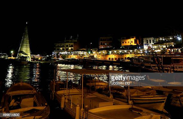 A Christmas tree decorates the port of the historical Lebanese city of Byblos north of the capital Beirut on December 2 2015 AFP PHOTO / JOSEPH EID /...