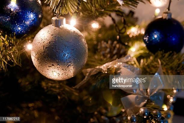 クリスマスツリーの装飾バウブル