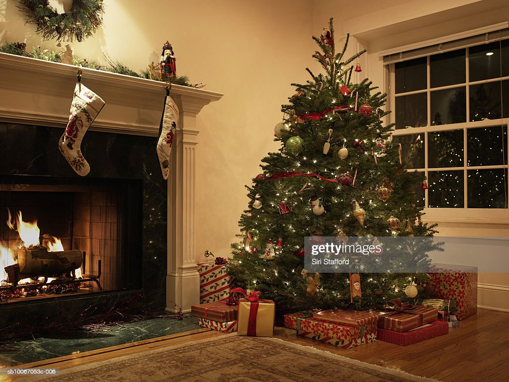 Christmas tree in living room : Stock-Foto