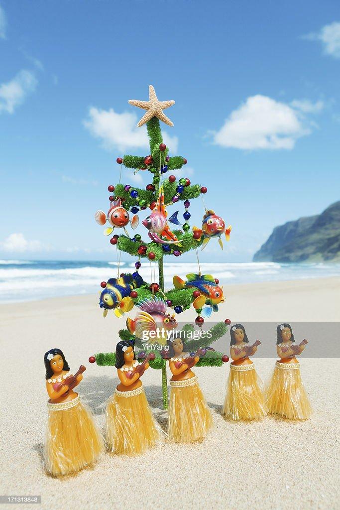 Delightful Christmas Tree Hawaii Part - 12: Christmas Tree On Beach With Hula Dancers In Hawaii : Stock Photo