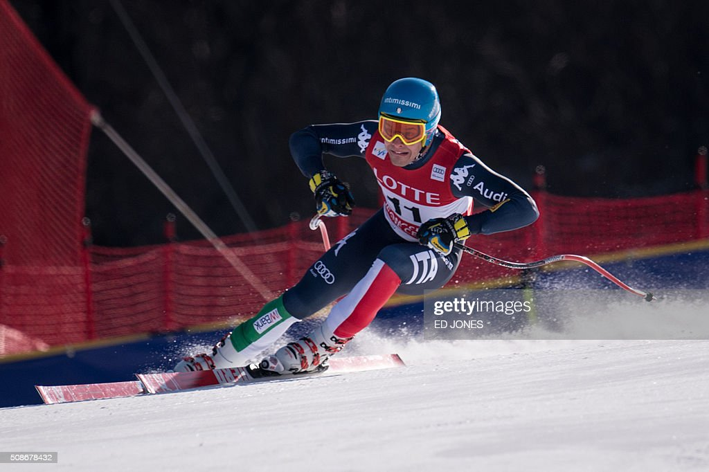 Christof Innerhofer of Italy competes in the 8th Men's Downhill event of the FIS Alpine Ski World Cup in Jeongseon county, some 150km east of Seoul on February 6, 2016. The FIS Ski Men's World Cup runs from February 6-7 and is the first official test event for the Pyeongchang 2018 Winter Olympics. AFP PHOTO / Ed Jones / AFP / ED