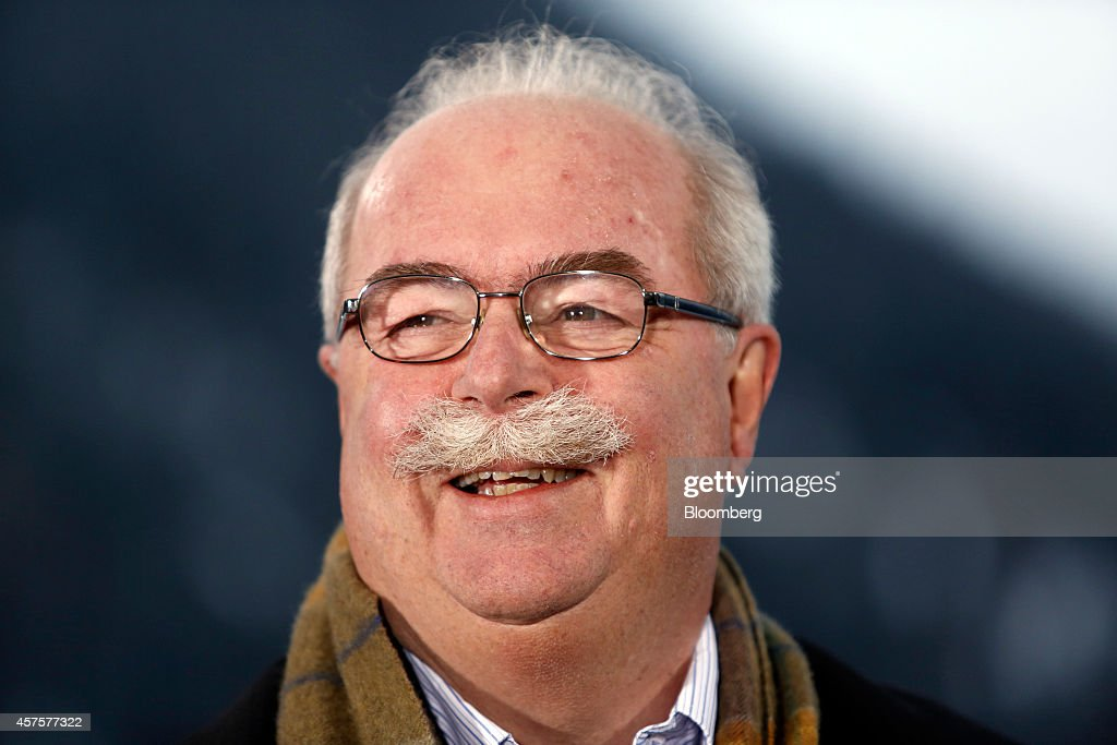 FILE: Total CEO Christophe de Margerie Dies in Plane Crash