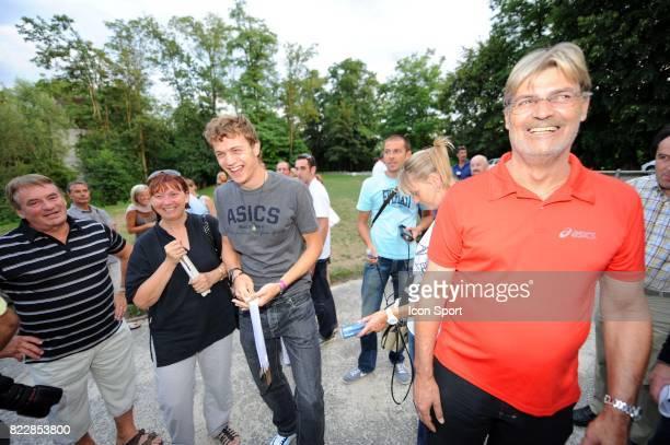Christophe LEMAITRE et ses parents Marie Therese et Christian Retour a Aix les Bains