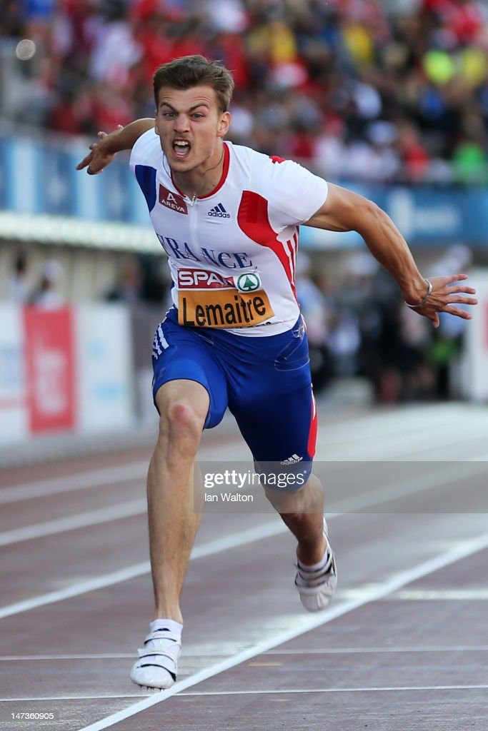 Christophe Lemaitre of France dips over the finish line to win gols in the Men's 100 Metres Final during day two of the 21st European Athletics Championships at the Olympic Stadium on June 28, 2012 in Helsinki, Finland