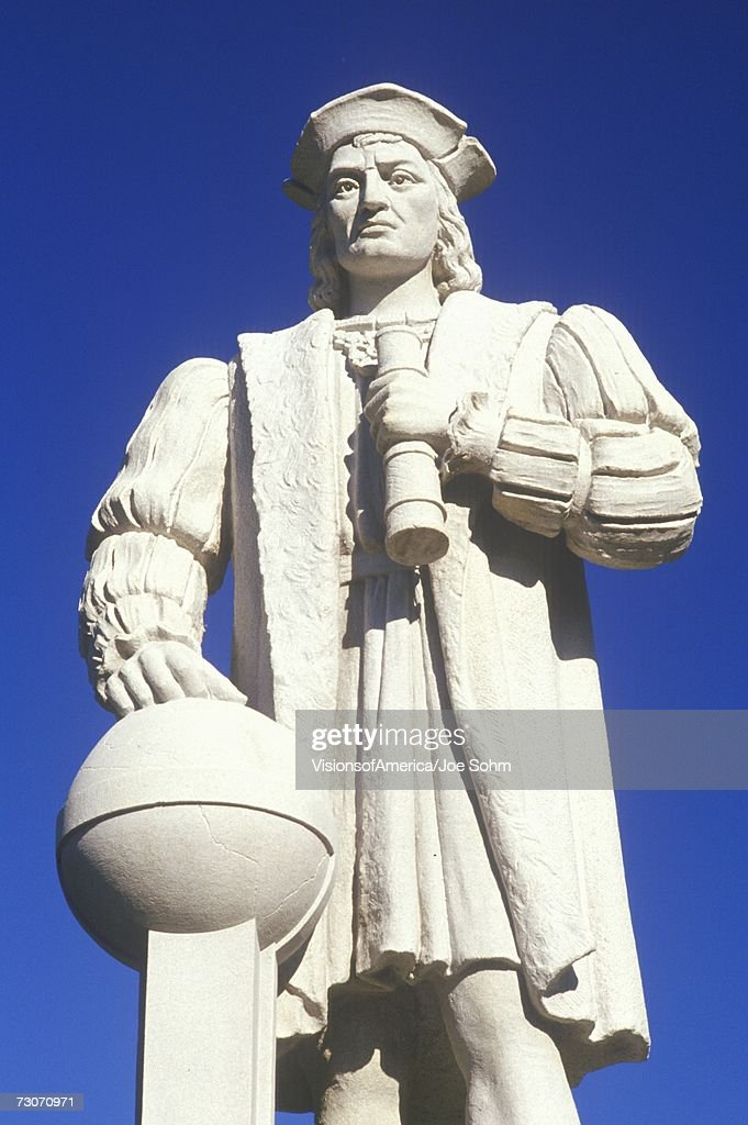 'Christopher Columbus statue, Westerly, CT' : Stock Photo