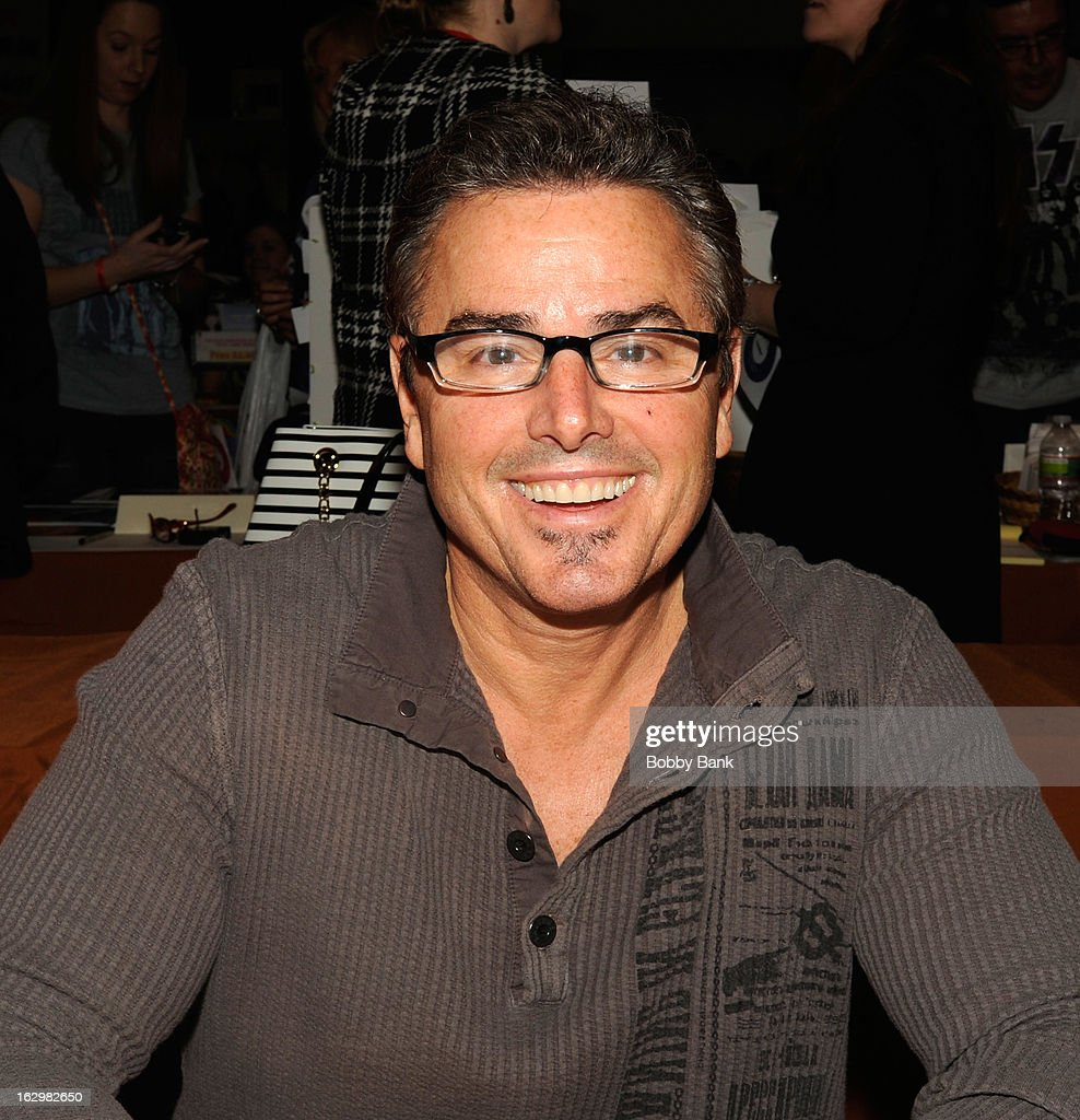 <a gi-track='captionPersonalityLinkClicked' href=/galleries/search?phrase=Christopher+Knight&family=editorial&specificpeople=777460 ng-click='$event.stopPropagation()'>Christopher Knight</a> attends the David T. Jones Memorial / Monkees Convention 2013 at the Sheraton Meadowlands Hotel & Conference Center on March 2, 2013 in East Rutherford, New Jersey.