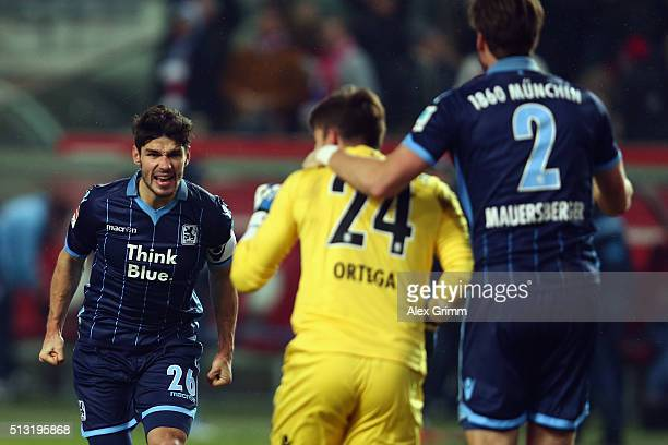 Christopher Schindler goalkeeper Stefan Ortega and Jan Mauersberger of 1860 Muenchen celebrate after the Second Bundesliga match between 1 FC...