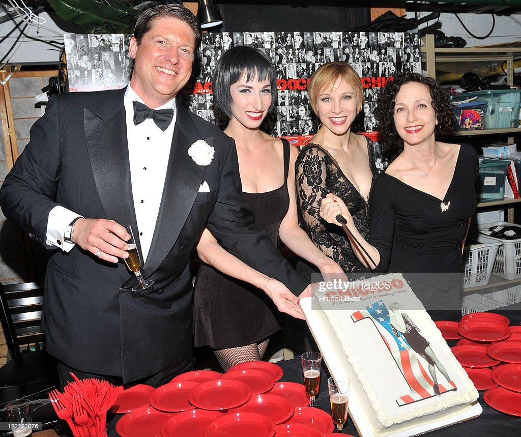 Christopher Sieber Nikka Graff Lanzarone Charlotte d'Amboise and original cast member Bebe Neuwirth celebrate backstage at 'Chicago' on Broadway on...