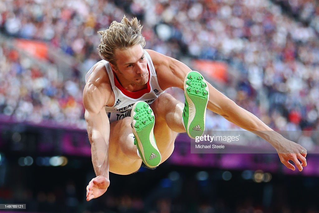 <a gi-track='captionPersonalityLinkClicked' href=/galleries/search?phrase=Christopher+Tomlinson&family=editorial&specificpeople=795113 ng-click='$event.stopPropagation()'>Christopher Tomlinson</a> of Great Britain competes in the Men's Long Jump qualification on Day 7 of the London 2012 Olympic Games at Olympic Stadium on August 3, 2012 in London, England.