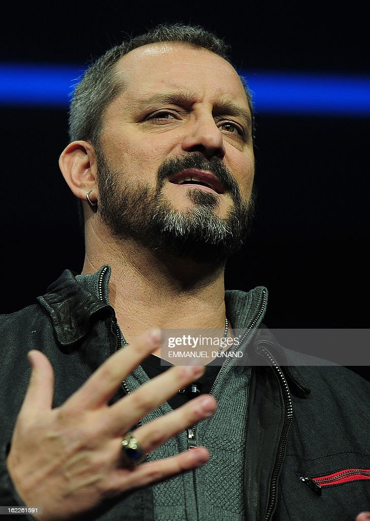 Christopher Vincent Metzen of Blizzard Entertainment talks as Sony introduces the PlayStation 4 at a news conference February 20, 2013 in New York. AFP PHOTO/EMMANUEL DUNAND