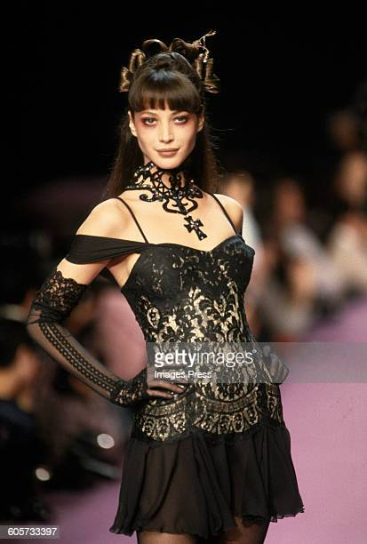 Christy Turlington at the Christian Lacroix Fall 1994 show circa 1994 in Paris France