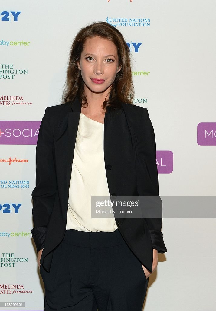 Christy Turlington Burns attends the Mom + Social Event at 92Y Tribeca on May 8, 2013 in New York City.