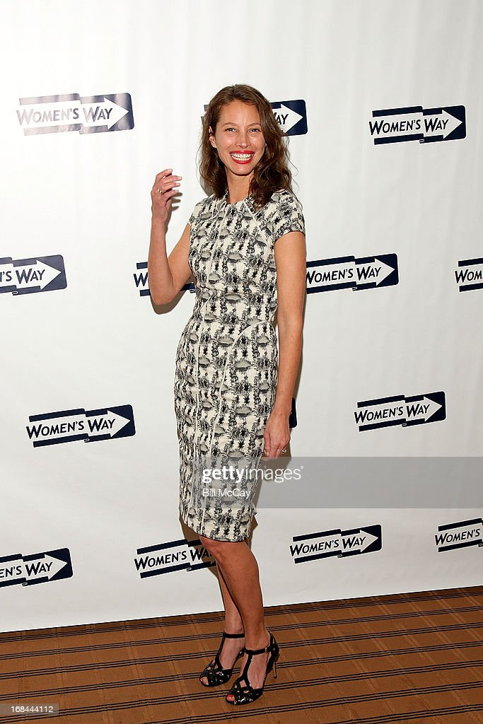 <a gi-track='captionPersonalityLinkClicked' href=/galleries/search?phrase=Christy+Turlington&family=editorial&specificpeople=207046 ng-click='$event.stopPropagation()'>Christy Turlington</a> Burns, recipient of 'The Lucretia Mott Award' poses at The 36th Annual WOMEN'S WAY Powerful Voice Awards Dinner at the Sheraton Philadelphia Downtown Hotel on May 9, 2013 in Philadelphia, Pennsylvania.