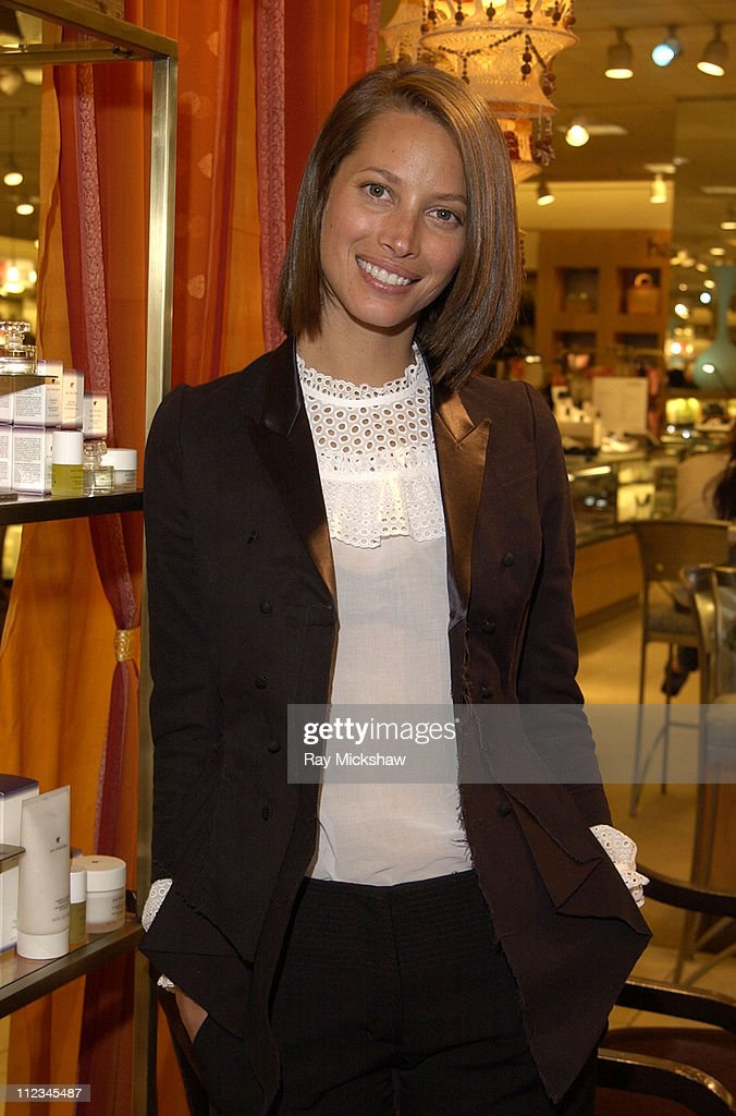 Christy Turlington, Co-Founder of Sundari, Makes a Personal Appearance at Nordstrom