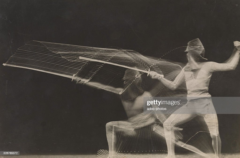 Chronophotograph of a fencer In 1906