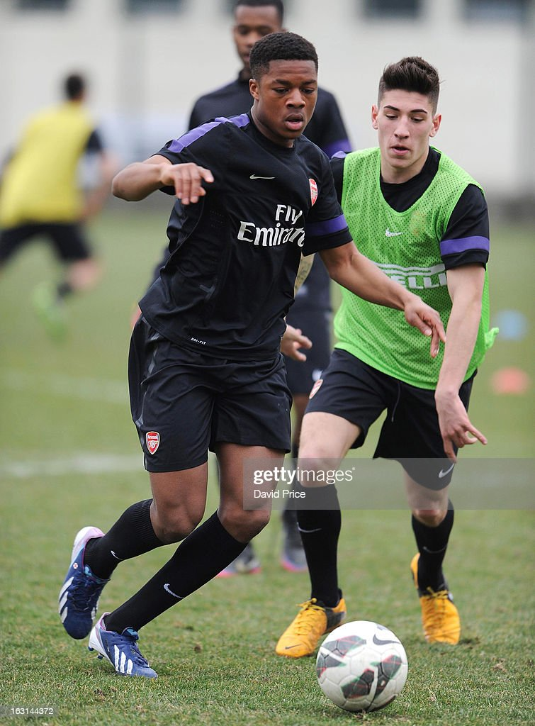 <a gi-track='captionPersonalityLinkClicked' href=/galleries/search?phrase=Chuba+Akpom&family=editorial&specificpeople=8082058 ng-click='$event.stopPropagation()'>Chuba Akpom</a> and Hector Bellerin of Arsenal in action during a training session prior to the NextGen Series match between Inter Milan and Arsenal at Inter Milan Training Ground, Centro Sportivo Facchetti Facchetti on March 05, 2013 in Milan, Italy.