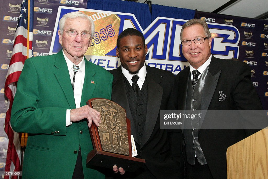 Chuck Badnarik, Patrick Peterson, winner of the 16th Annual Chuck Bednarik Award for College Defensive Player of the Year along with <a gi-track='captionPersonalityLinkClicked' href=/galleries/search?phrase=Ron+Jaworski&family=editorial&specificpeople=544737 ng-click='$event.stopPropagation()'>Ron Jaworski</a> attend the 74th Annual Maxwell Football Club Awards Banquet at Harrah's Resort March 4, 2011 in Atlantic City, New Jersey.