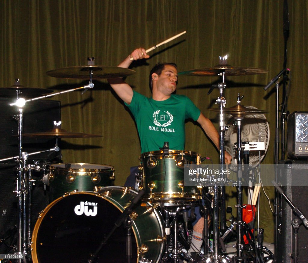 """Simple Plan Album Release Party for """"Still Not Getting Any..."""" - October 27, 2004"""