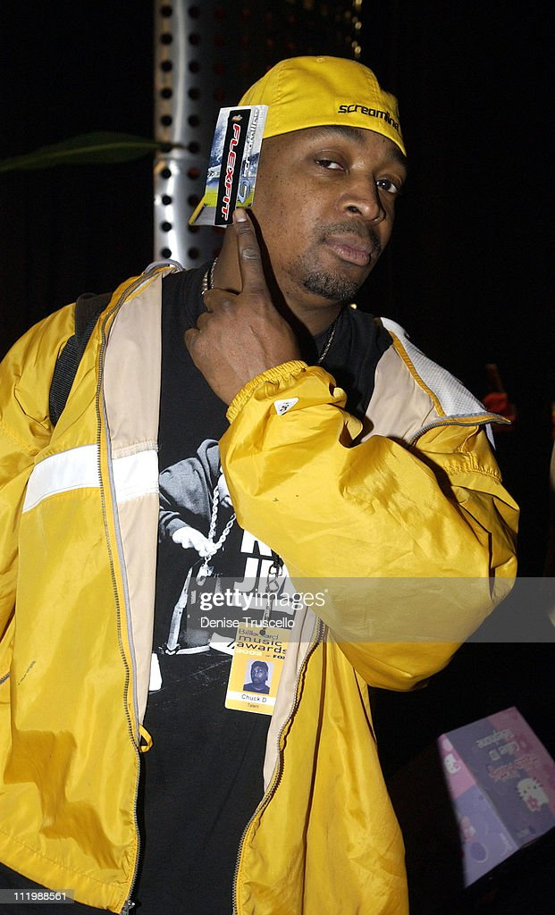 <a gi-track='captionPersonalityLinkClicked' href=/galleries/search?phrase=Chuck+D&family=editorial&specificpeople=212935 ng-click='$event.stopPropagation()'>Chuck D</a> with Screamline during 2002 Billboard Music Awards - Backstage Creations Talent Retreat - Show Day at MGM Grand Hotel in Las Vegas, Nevada, United States.