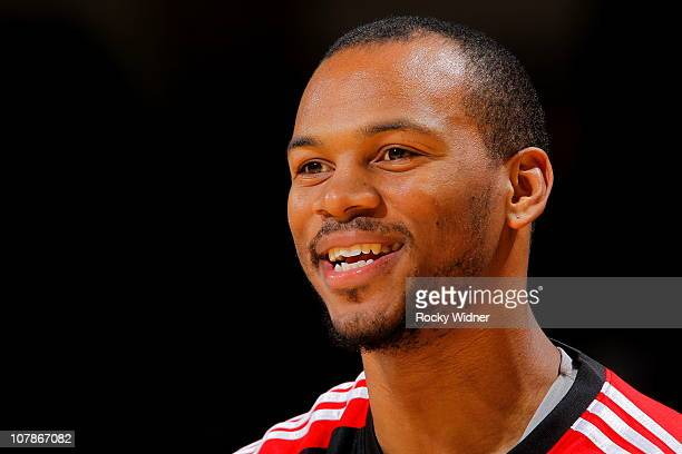 Chuck Hayes of the Houston Rockets gets ready to take on the Golden State Warriors on December 20 2010 at Oracle Arena in Oakland California NOTE TO...