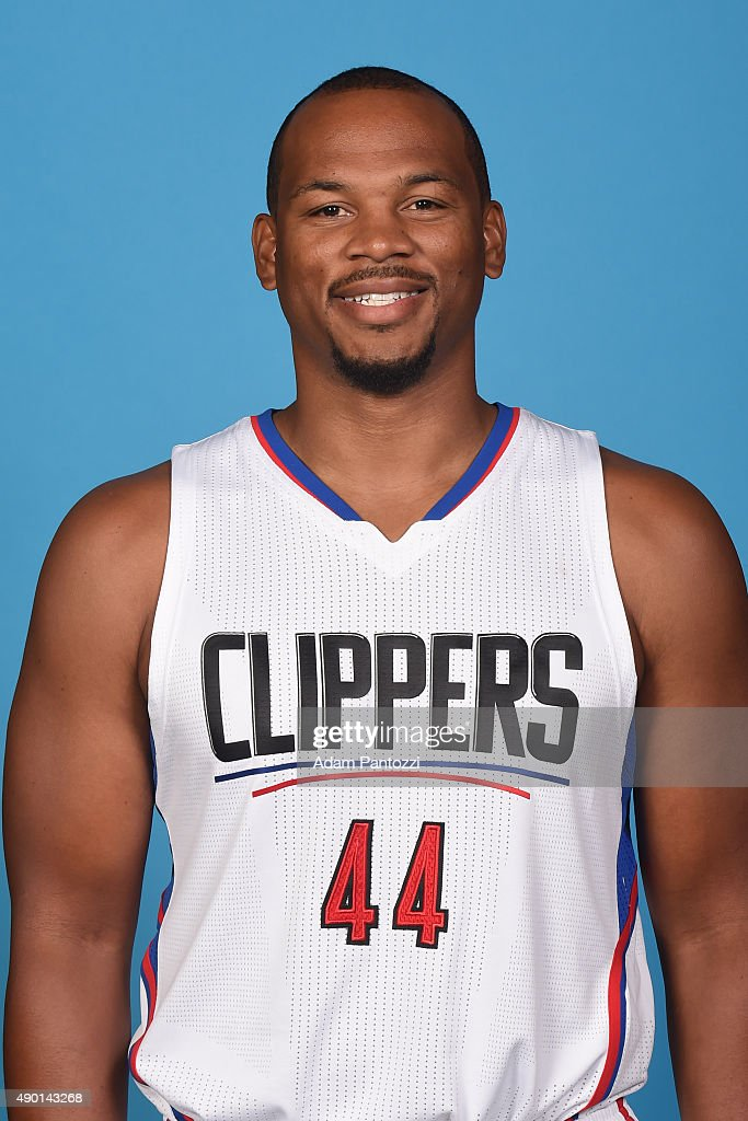 <a gi-track='captionPersonalityLinkClicked' href=/galleries/search?phrase=Chuck+Hayes&family=editorial&specificpeople=206129 ng-click='$event.stopPropagation()'>Chuck Hayes</a> #44 of the Los Angeles Clippers poses for a headshot during media day at the Los Angeles Clippers Training Center on September 25, 2015 in Playa Vista, California.