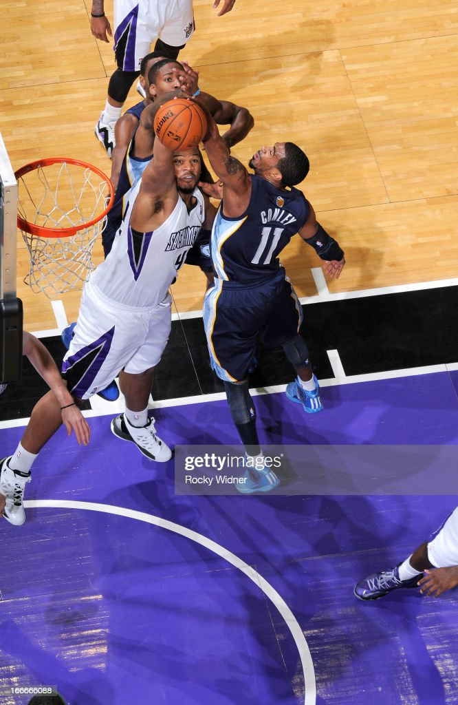 <a gi-track='captionPersonalityLinkClicked' href=/galleries/search?phrase=Chuck+Hayes&family=editorial&specificpeople=206129 ng-click='$event.stopPropagation()'>Chuck Hayes</a> #42 of the Sacramento Kings rebounds against Mike Conley #11 of the Memphis Grizzlies on April 7, 2013 at Sleep Train Arena in Sacramento, California.