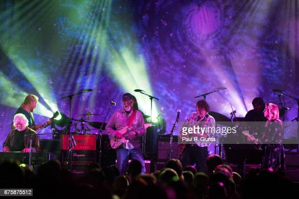 Chuck Leavell Derek Trucks Jimmy Herring John Bell and Susan Tedeschi perform on stage during Hampton 70 at The Fox Theatre on May 1 2017 in Atlanta...