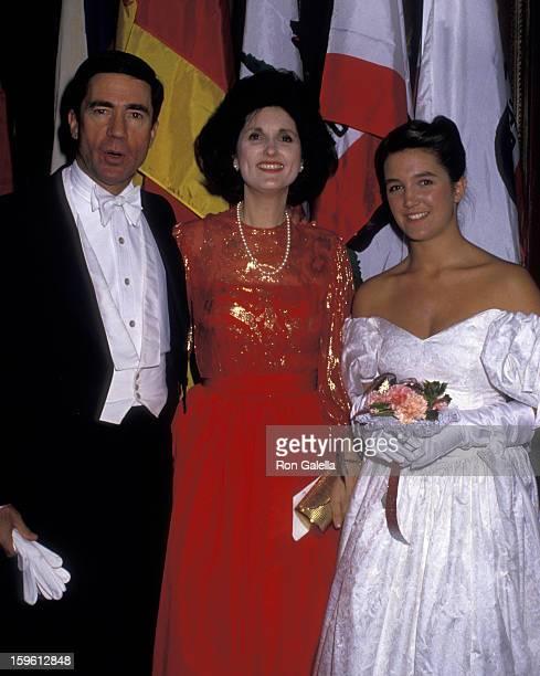 Chuck Robb Lynda Bird Johnson Robb Countess Vanessa von Bismarck attend 33rd Annual International Debutante Ball on December 29 1987 at the Waldorf...