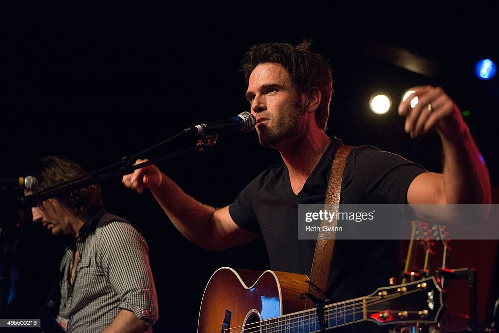 <a gi-track='captionPersonalityLinkClicked' href=/galleries/search?phrase=Chuck+Wicks&family=editorial&specificpeople=4424830 ng-click='$event.stopPropagation()'>Chuck Wicks</a> plays the 2014 Country Weekly Kick-Off Party at Mercy Lounge on June 3, 2014 in Nashville, Tennessee.