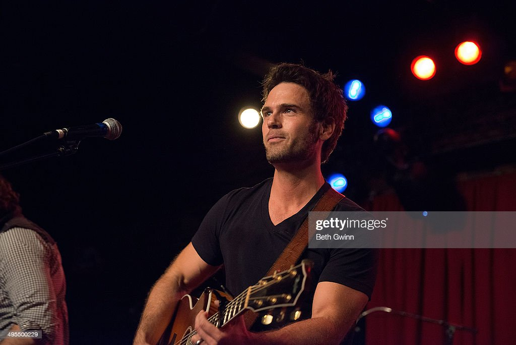 Chuck Wicks plays the 2014 Country Weekly Kick-Off Party at Mercy Lounge on June 3, 2014 in Nashville, Tennessee.