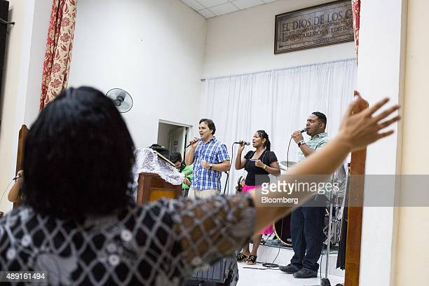 Church members sing during service at the Evangelical Pentecostal Assembly of God Church in Havana Cuba on Friday Sept 18 2015 Cuba which hosts a...