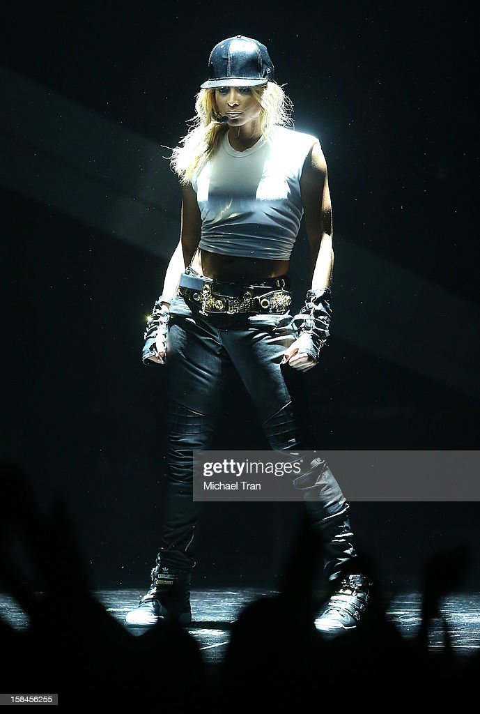 Ciara performs onstage at the 'VH1 Divas' show held at The Shrine Auditorium on December 16, 2012 in Los Angeles, California.