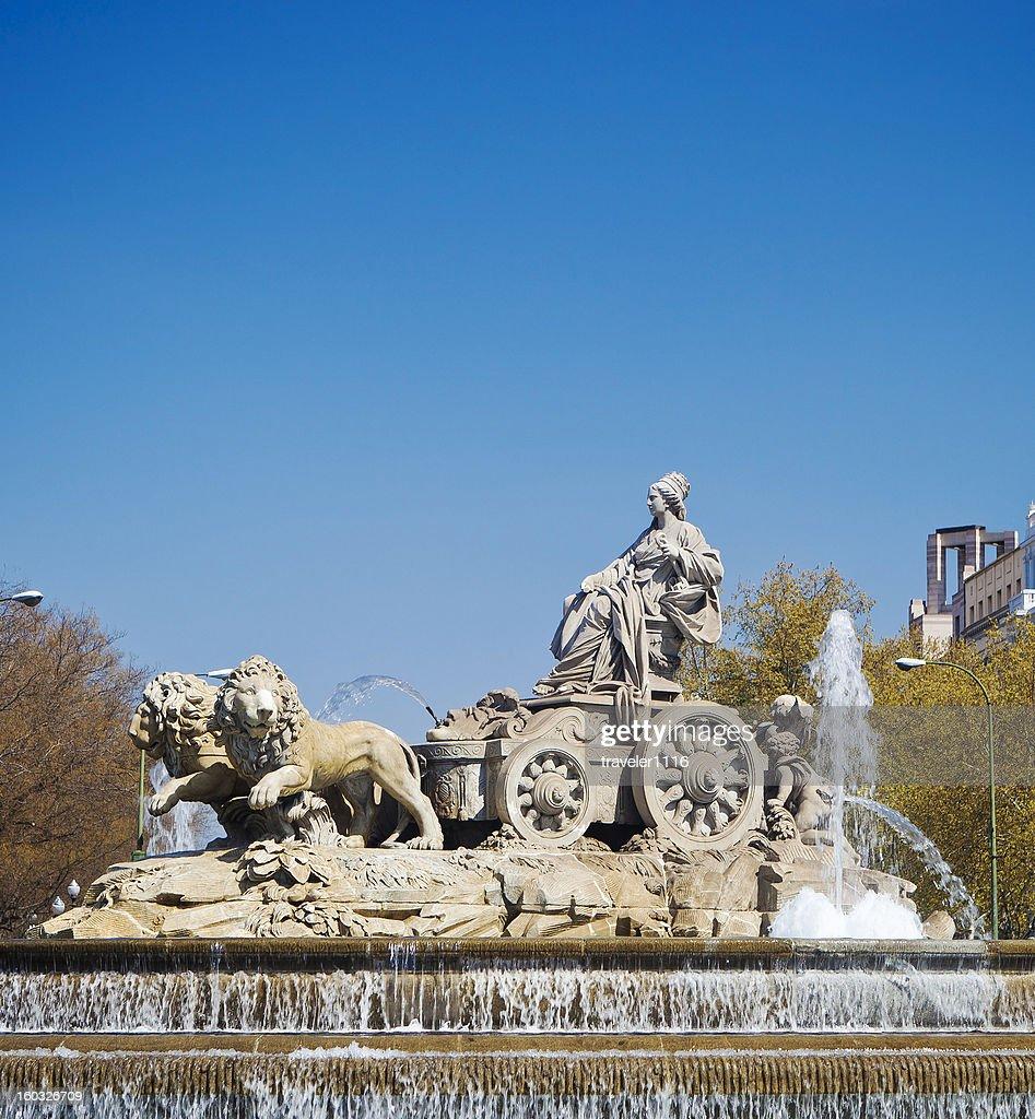 Fuente de la Cibeles en Madrid : Foto de stock