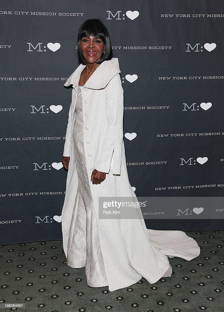 Cicely Tyson attends the 200th Anniversary New York City Mission Society Gala Dinner at The Pierre Hotel on December 12, 2012 in New York City.