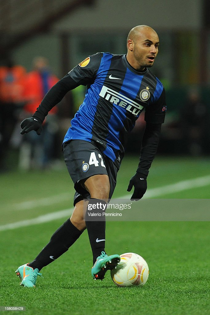 Cicero Moreira Jonathan of FC Internazionale Milano in action during the UEFA Europa League group H match between FC Internazionale Milano and Neftci PFK on December 6, 2012 in Milan, Italy.