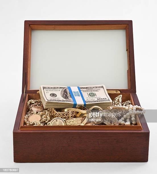 cigar box treasure chest